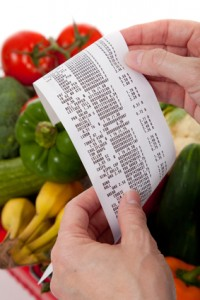 tTrick yourself into saving money with matching grocery store discounts