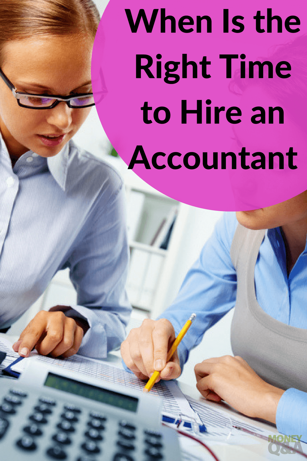 When Should You Hire an Accountant