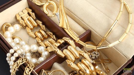 Emergency Cash with Jewelry